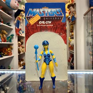 Vintage Heman and the Masters of the Universe Evil-Lyn 1981 - 1982 Action Figure Toy Complete With Staff And Card Back for Sale in Elizabethtown, PA