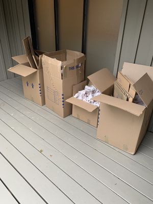 Free moving boxes and packing paper for Sale in Portland, OR