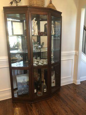 Curio Cabinet for Sale in Spring Hill, TN