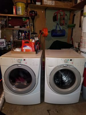 Whirlpool Duet Washer and Dryer set. for Sale in Los Angeles, CA