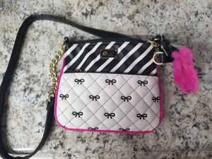 Luv Besty purse for Sale in New Port Richey, FL
