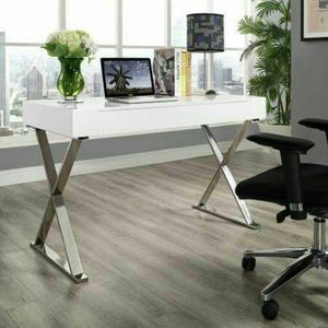 White Laquer High Gloss Desk / Chrome Legs 100% New in box! for Sale in San Francisco, CA
