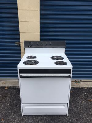 "Nice clean 30"" white stove.$95 Delivered/Installed. $65 picked up.4 Month Warranty! for Sale in Hampton, VA"