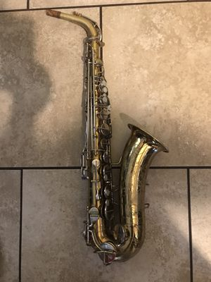 Saxophone. The Indiana by Martin for Sale in Corona, CA