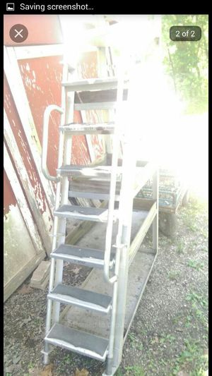 Roll around ladder for Sale in St. Louis, MO