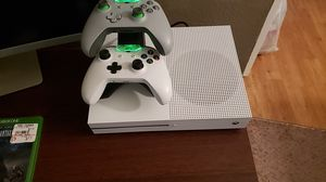 Xbox One S 1TB for Sale in Evansville, IN