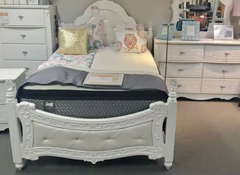 ♨️$39 Down Payment 🍒Best Price🍒White Rose Full Bed Bedroom Set   B188 by Ashley for Sale in Alexandria,  VA