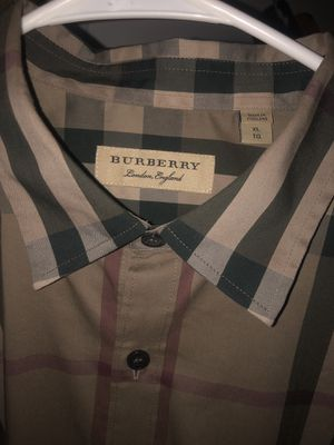 Burberry shirt for Sale in Highland, CA