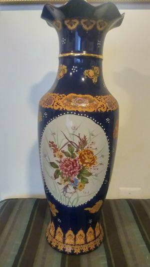 "Asian vase 24""x8"" for Sale in Woodbridge, VA"