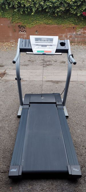Nordictrack c1800 Foldable Treadmill with Incline for Sale in Long Beach, CA
