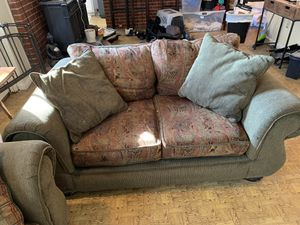 Sofa and loveseat for Sale in Washington, MO
