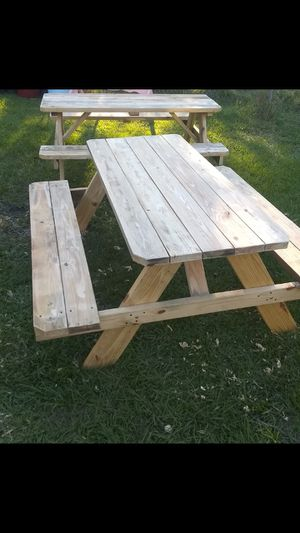 2, picnic tables....$80 each for Sale in Auburndale, FL