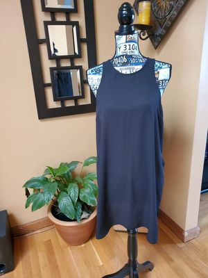 """EXPRESS BLACK SLEEVELESS LIGHTWEIGHT TUNIC WITH 15"""" SIDE SLITS for Sale in Taunton, MA"""