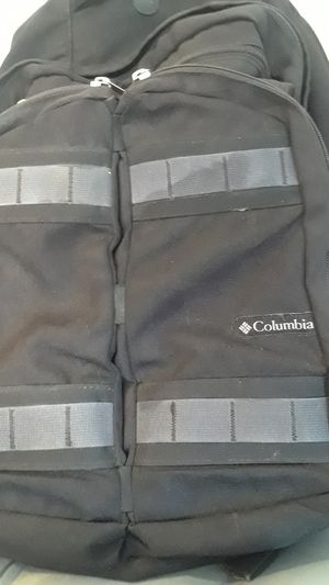 barely used XL COLUMBIA BACKPACK WITH SLOT FOR LAPTOP* for Sale in Milford, OH