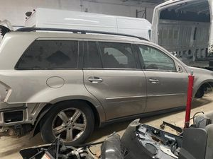 Mercedes gl450 gl550 parts parting out fender quoter door trunk tailgate light tail lamp wheels rim left right transmission transfer case for Sale in Opa-locka, FL