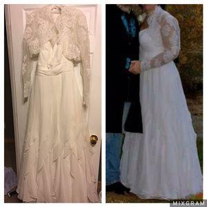 Davids bridal wedding dress for Sale in Johnson City, TN