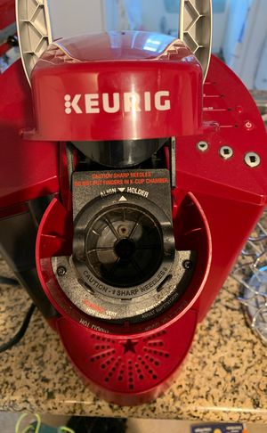 Keurig K-55 Coffee maker and Keurig Pod Carousel 24 pod holder for Sale in Irvine, CA