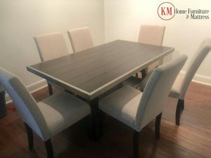 DINING ROOM TABLE SET WOODEN TOP AND UPHOLSTERY CHAIRS for Sale in Houston, TX