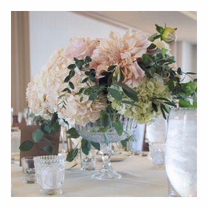 Glass pedestal vases for wedding decor for Sale in Pasadena, CA
