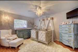 Pottery Barn Heather Gray quilted crib for Sale in Riviera Beach, FL