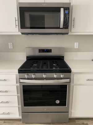 Brand new whirlpool range, microwave and dishwasher for Sale in Lathrop, CA