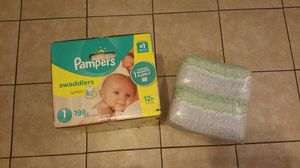 Baby Pampers size 1 for Sale in Los Angeles, CA