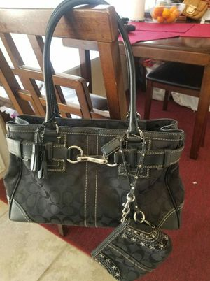 Authentic Coach purse and wrislet bundle for Sale in Lincoln Acres, CA