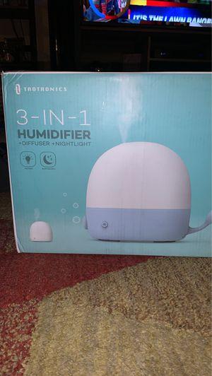3 in 1 humidifier, diffuser, nightlight. for Sale in Phoenix, AZ