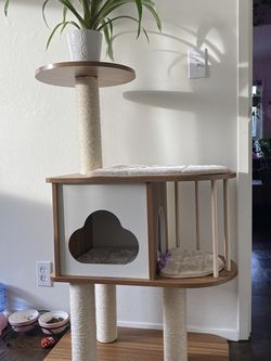 Brand New Stylish Cat Tree for Sale in Seattle,  WA