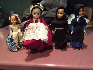 4 old dolls eyes open n close for Sale in Lawrence, MA