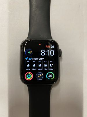 Apple Watch Series 4 Space Gray (44mm) GPS Bluetooth No Box With charger No major scratches OBO for Sale in El Monte, CA