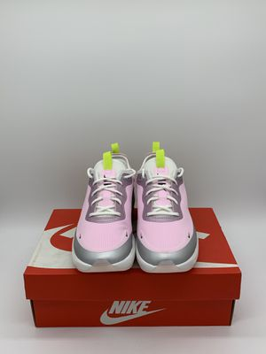 Nike Air Max Graviton Women's Size:6, 7.5, 8, 9.5 for Sale in San Leandro, CA