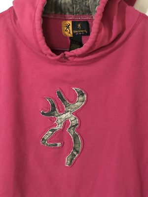 L Browning Hoodie Hot Pink/Camo for Sale in Richardson, TX