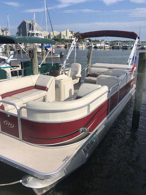 2014 Pontoon Boat for Sale in Rehoboth Beach, DE