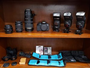 Canon T5i Camera/Photography Bundle for Sale in Amelia, OH
