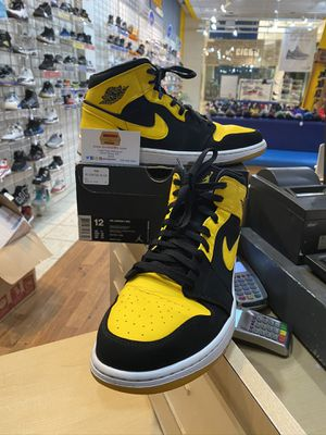 Air Jordan 1 Mid New Love 1s Size 12 for Sale in Wheaton, MD