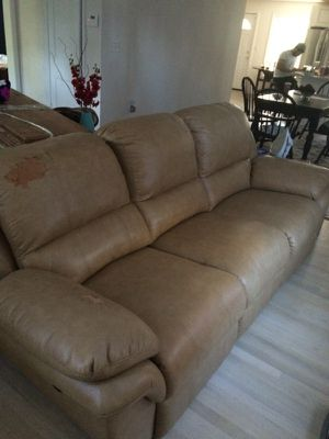 Electric reclining sofa for Sale in Silver Spring, MD