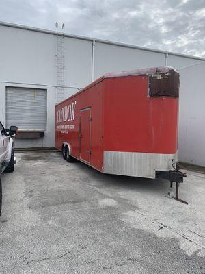30 ft haulmark enclosed trailer for Sale in Winter Garden, FL