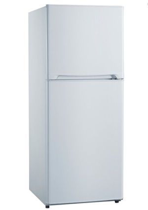 "Avanti 10 Cu Ft Compact Refrigerator 24"" Top Freezer Refrigerador Nevera Frío Heladera Blanca FF10B0W for Sale in Virginia Gardens, FL"