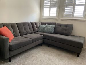 Sectional couch made by (what a room) costume made. for Sale in Modesto, CA