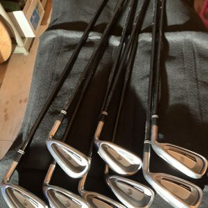 Cleveland HB Launcher Irons ( RH) Golf Clubs for Sale in Fresno, CA