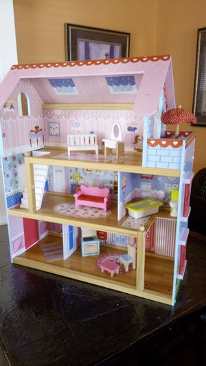"Kidkraft doll house. 28"" x 24"" x 10"". Furniture. Sturdy. Clean for Sale in Lucas, TX"
