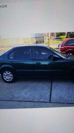 2000 Honda Civic 4 door automatic for Sale in Philadelphia, PA
