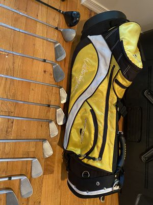 Wilson golf club with bag and 12 bars for Sale in Great Neck, NY