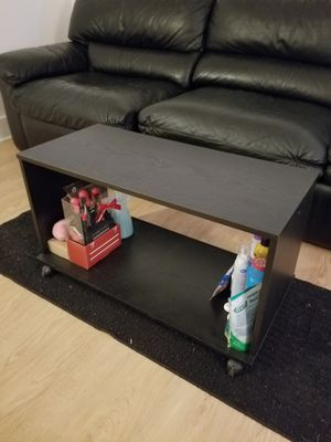 TV stand/coffee table on wheels for Sale in Pittsburgh, PA
