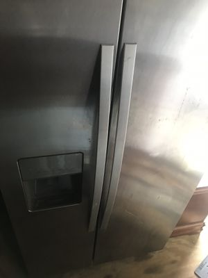 Stainless steel refrigerator/freezer for Sale in Austin, TX