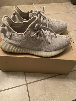 Yeezy sesame size 9 for Sale in Fresno, CA