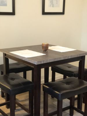 Dining Table and Chairs (Counter Height Table and 4 Stools) for Sale in Seattle, WA