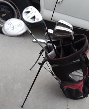 Starter golf club set for Sale in Fresno, CA