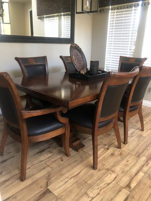 Very nice dining room set for Sale in Wildomar, CA